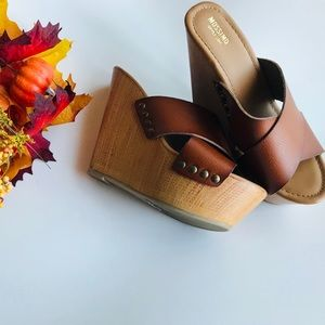 🍁 Mossimo Wedges 🍁